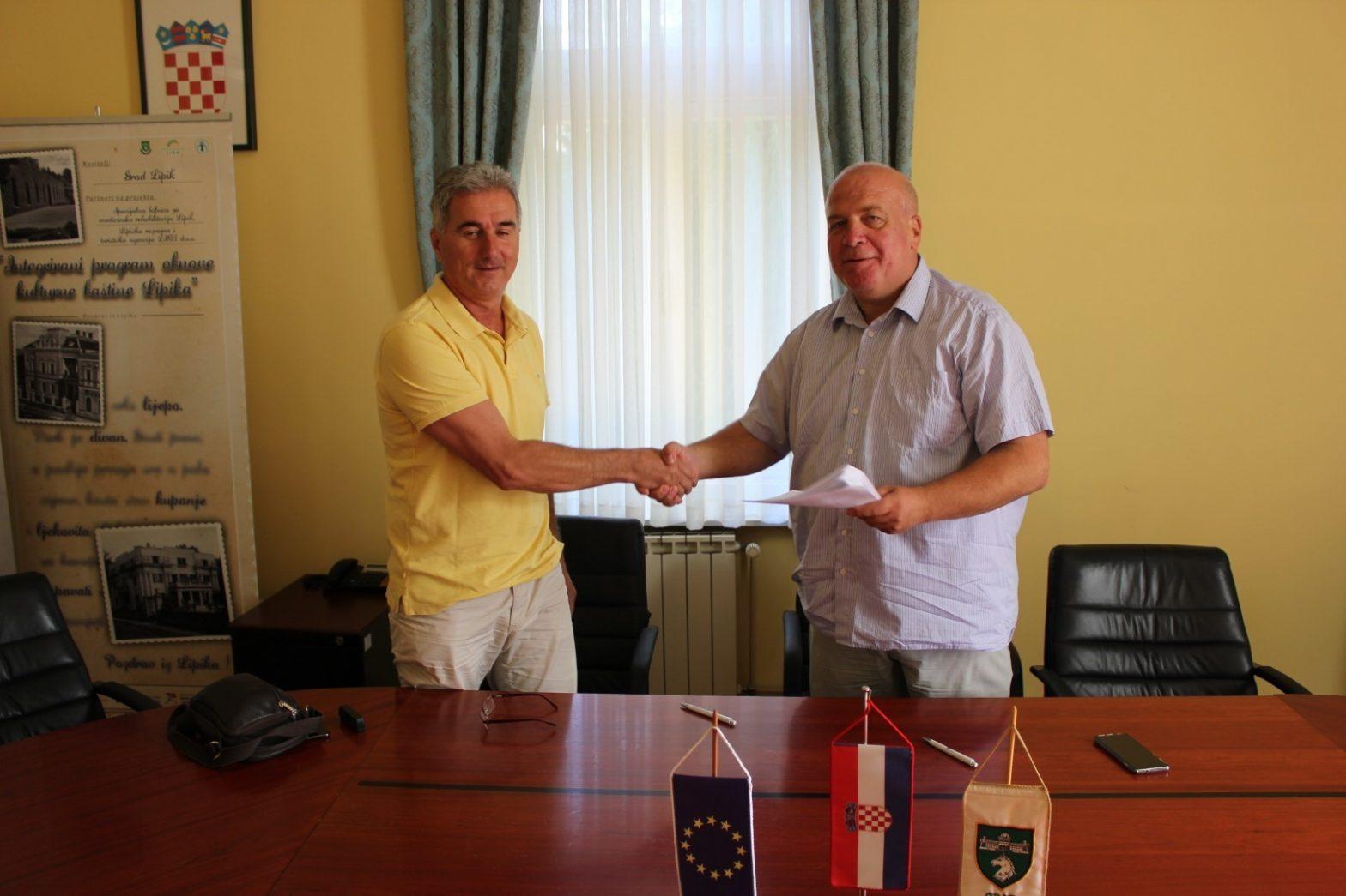 Potpisan ugovor o energetskoj obnovi zgrade Društvenog doma u Poljani