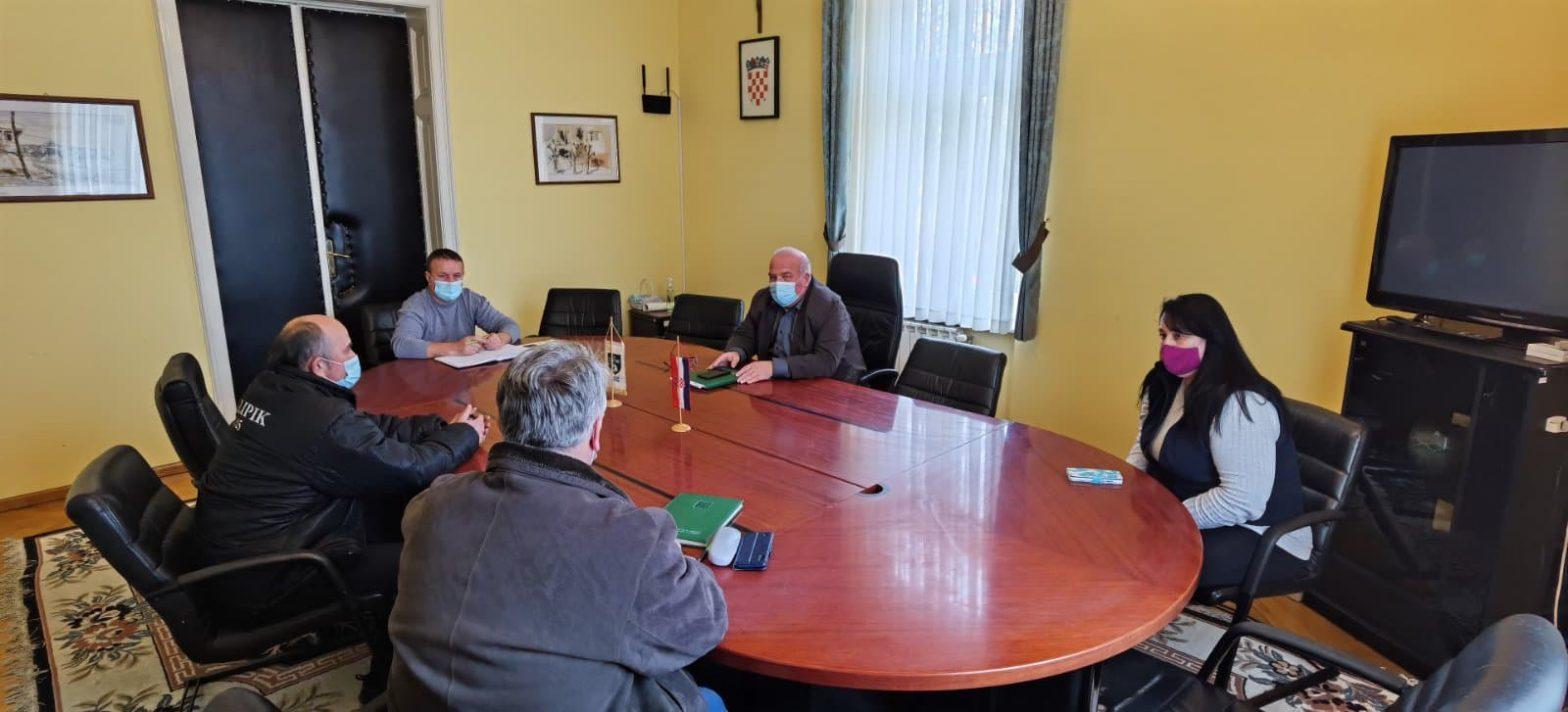 Sastanak s predstavnicima Mjesnih odbora Bujavice i Jagme o pitanjima komunalne tematike