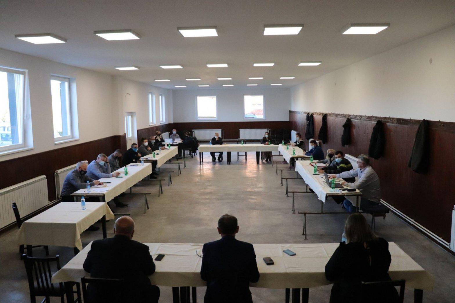 23. sjednica Gradskog vijeća održana u novoobnovljenom Društvenom domu u Marinom Selu