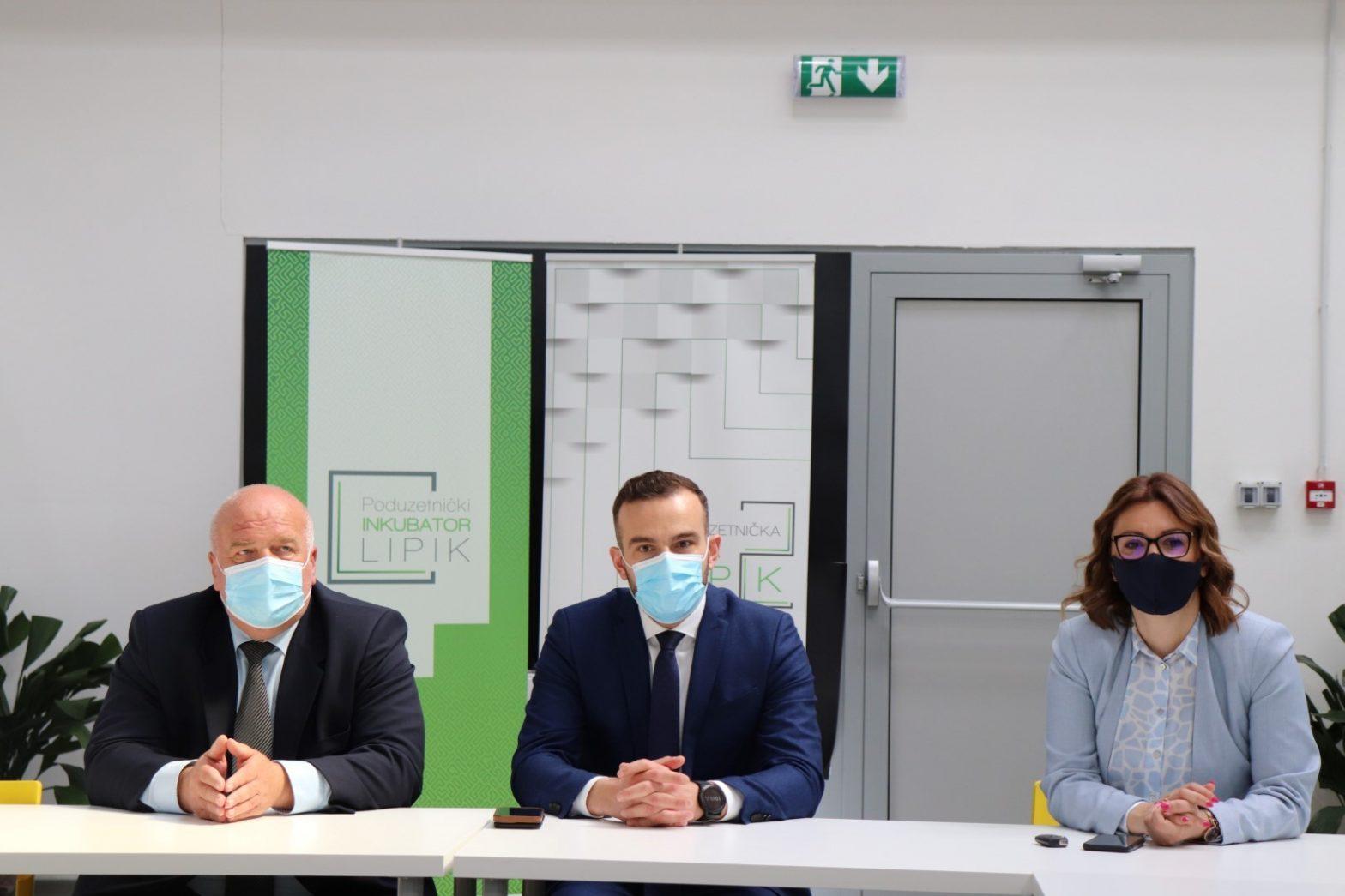 Ministar Aladrović posjetio Centar umjetne inteligencije i Poduzetnički inkubator u Lipiku