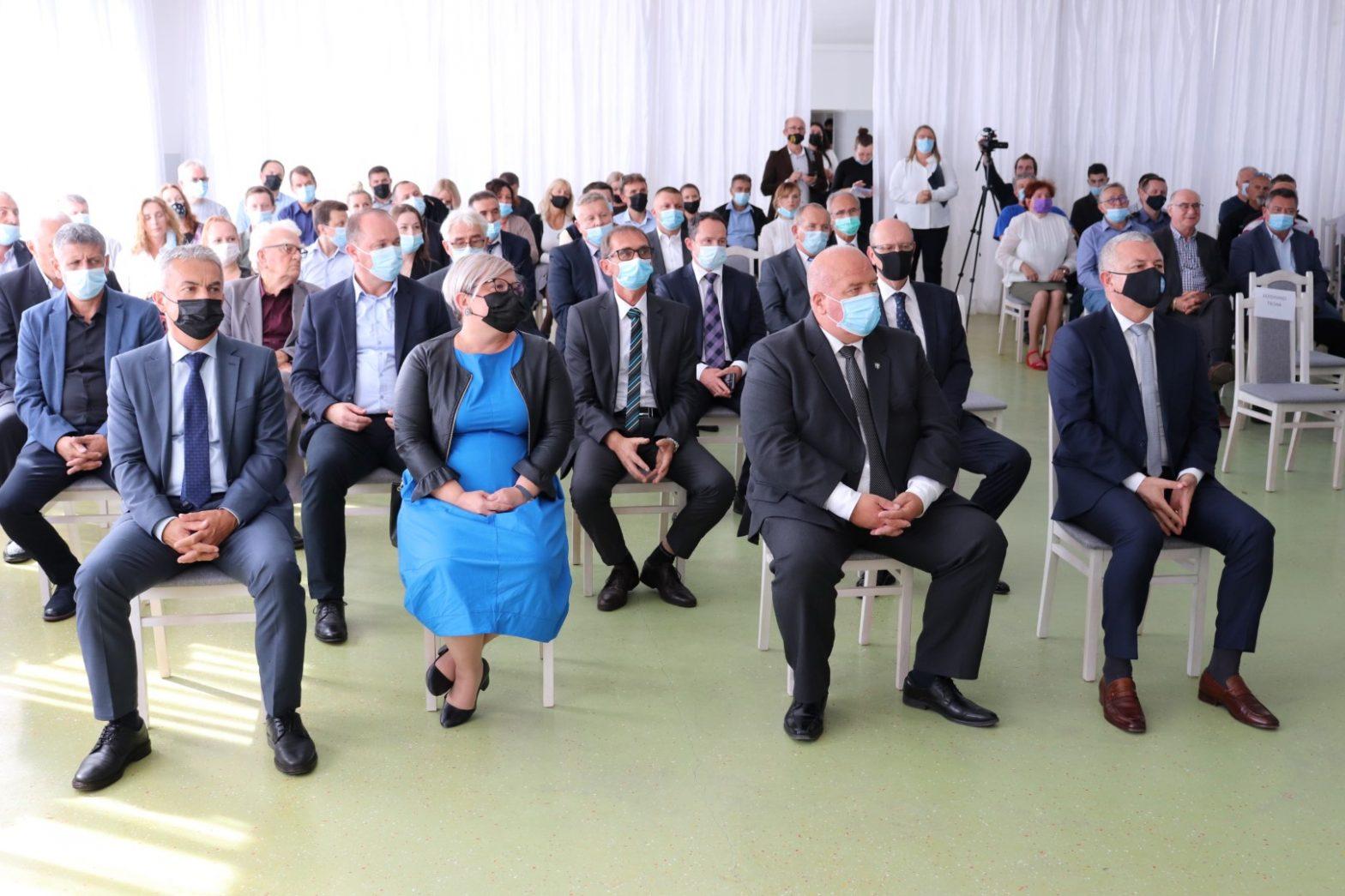 Održana svečana sjednica Gradskog vijeća; pohvale projektu Centra umjetne inteligencije
