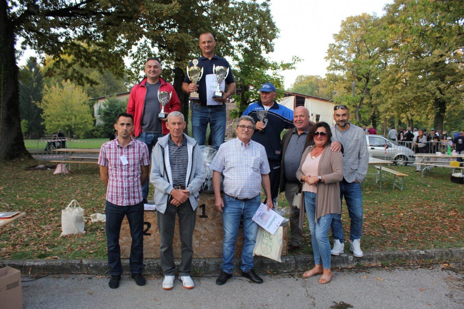 Na Fišijadi se natjecalo 35 ekipa, a najbolji fiš je ponovno pripremio Kristian Katušić iz Babine Grede